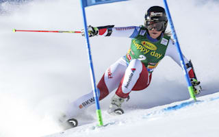 Gut wins season-opening race in Solden