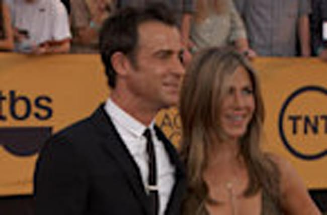 EXCLUSIVE: Jennifer Aniston Reveals Who's Better at a Party: Her or Hubby Justin Theroux?