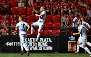A-League Review: Victory cruise past champions, Jets win thriller against Roar