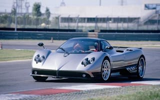 Pagani Zonda in fatal crash in Watford