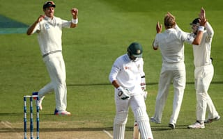 New Zealand strike late against Bangladesh