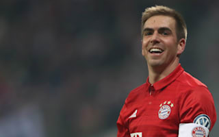 Unhappy Bayern surprised by Lahm retirement announcement