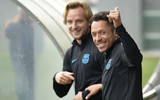 Adriano extends Barcelona stay