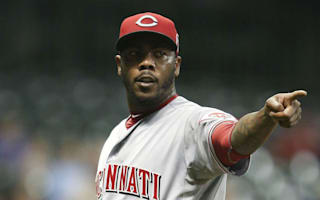 Yankees acquire closer Chapman
