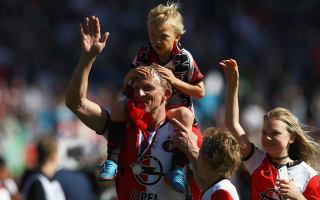Kuyt retires after leading Feyenoord to Eredivisie glory