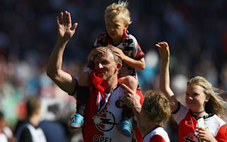 Kuyt retires after leading Feyenoord to Eredivisie glory