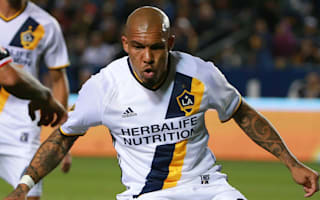 MLS Review: De Jong red overshadows Galaxy win, Howard makes Rapids debut