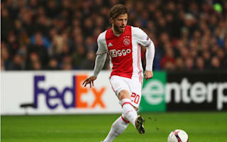 Schone renews for two years at Ajax