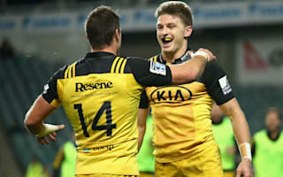 Hurricanes secure play-off place, Waratahs up against it