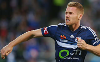 Melbourne Victory 2 Western Sydney Wanderers 0: Bozanic double downs leaders