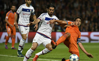 Lazio swoop for Lyon defender Bisevac