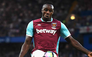 Bilic unhappy as Antonio miss costs West Ham