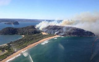 Fire threatens Home and Away lighthouse