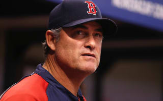 Red Sox exercise option to keep manager Farrell through 2018