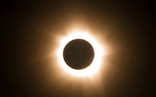 Amazing time-lapse video shows total solar eclipse in Australia