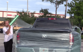 Pranksters troll bad parkers in hilarious video
