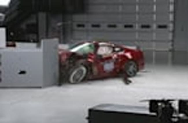 Do muscle cars measure up in crash tests?