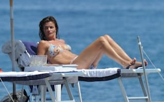Still super at 42! Helena wows on holiday for Ischia Festival