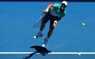 Berdych advances after early struggle