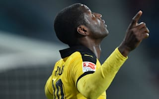 Borussia Dortmund 3 Werder Bremen 2: Ramos seals thrilling win to keep title race alive