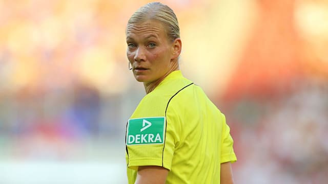 Referee Steinhaus promoted as 1st women in Bundesliga