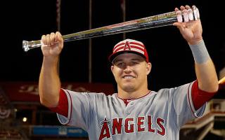 Angels' Trout not a fan of bat flipping