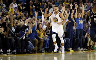 Record-breaker Curry leads Warriors, Harden stars
