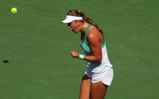 Azarenka crushes Williams in Indian Wells final