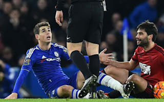 Hiddink: Pulis did the referee's job by removing Yacob