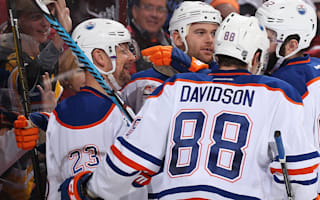 Oilers, Flyers edge to wins