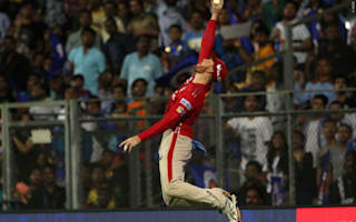 Guptill screamer helps keep Kings XI alive