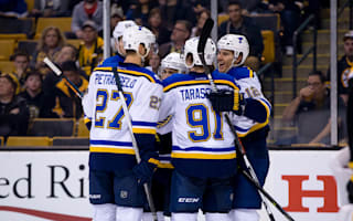 Blues stretch streak, Canadiens beaten