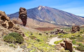 Tenerife tourists in a panic over imminent volcano eruption