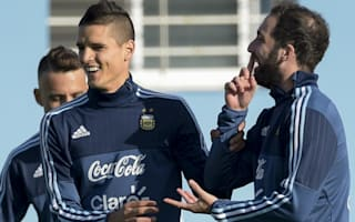 Higuain and Lamela dream of lifting the Copa America