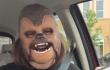 Esta mujer con máscara de Chewbacca es el nuevo fenómeno de internet