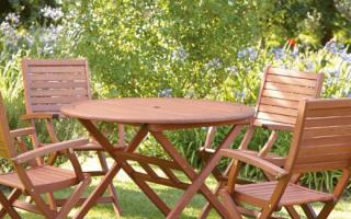 Gorgeous garden furniture on a budget
