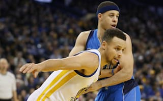 Steph wins Curry battle as Warriors claim fifth straight, Spurs top Timberwolves
