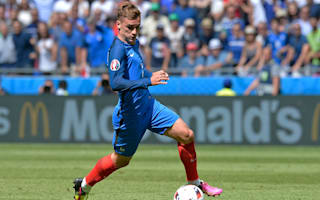Griezmann at home in the centre