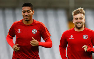 Manchester United without Shaw, Smalling for Tottenham clash