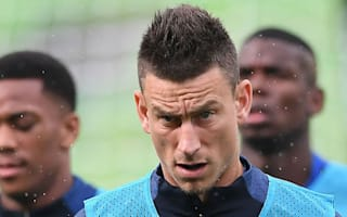 Wenger could 'gamble' on Giroud, Koscielny and Ozil fitness