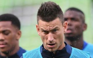 Koscielny: France squad unaffected by external factors