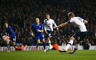 Tottenham 2 Leicester City 2: Kane penalty saves Spurs