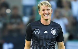 Schweinsteiger not giving up on Manchester United chance