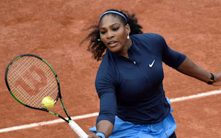 Serena strolls into second round at Roland Garros