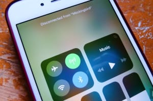 iOS 11 está confundiendo a los usuarios a la hora de apagar la WiFi y el Bluetooth