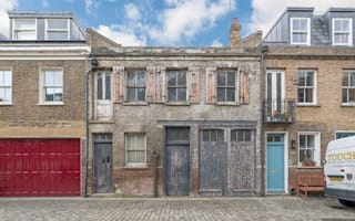 Derelict mews house in celebrity street on sale for high price