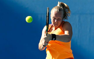 Bertens bows out, Larsson's defence off to solid start