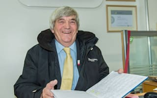 Super salesman looks set to sell his 7,000th car