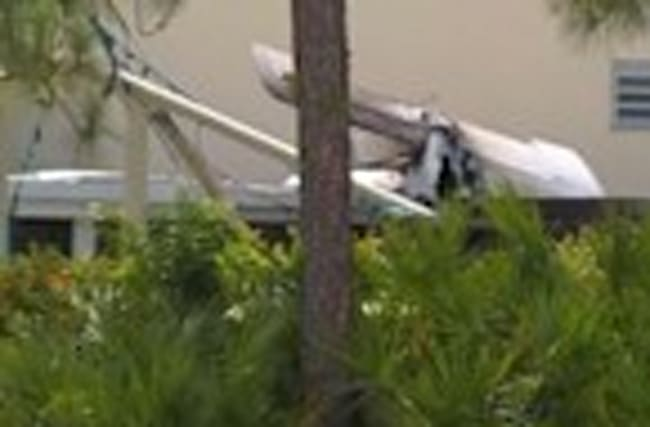 Small plane crashes into daycare center, leaves one dead