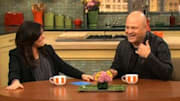 'No Ordinary Family' star Michael Chiklis tells Rachael Ray he got bitten by the acting bug after teaching himself impressions and discovering how much he enjoyed enterta...